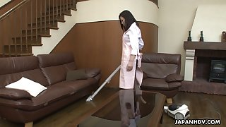 Sex-starved Japanese housewife Maya Sawamura seduces one delivery guy